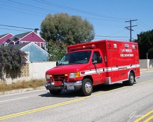 Ambulanza... come nei filmmonterey, pismo beach, los angeles, highway