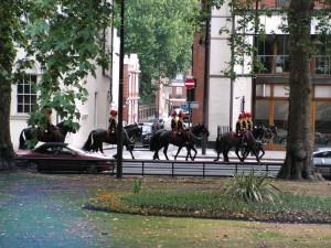 Guardie a cavallo di ritorno da Buckingham Palace