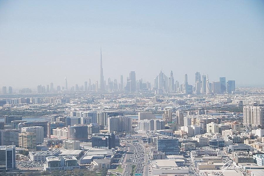 Dubai- Grattacieli all'orizzonte