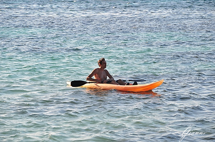 Giretto in canoa