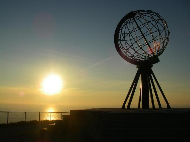 Capo Nord con il sole di mezzanotte