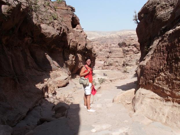 In alcune zone non ci sono veri sentieri, ma solo rocce