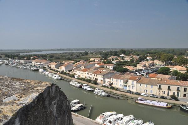 Veduta di Aigues Mortes dai bastioni