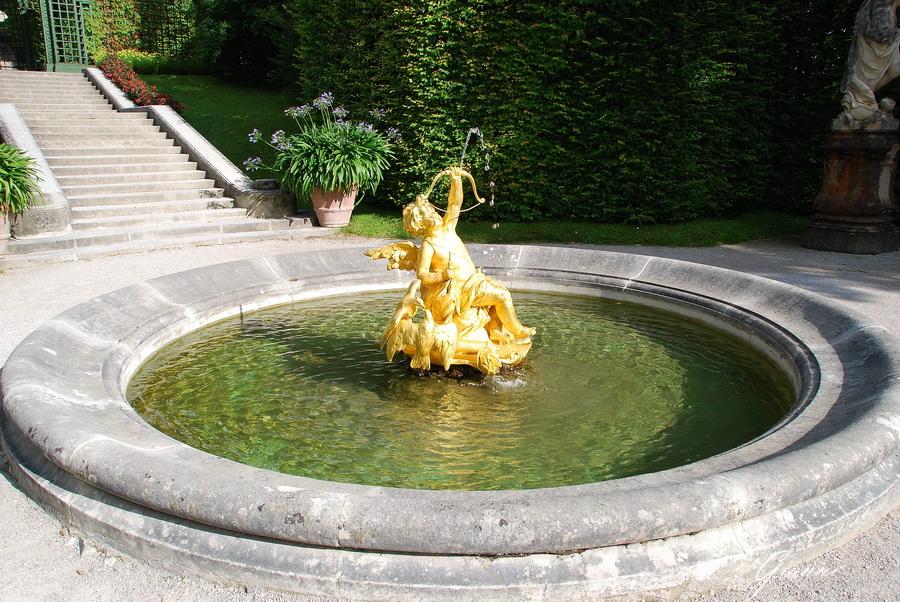 Castello di Linderhof - Fontana di Cupido