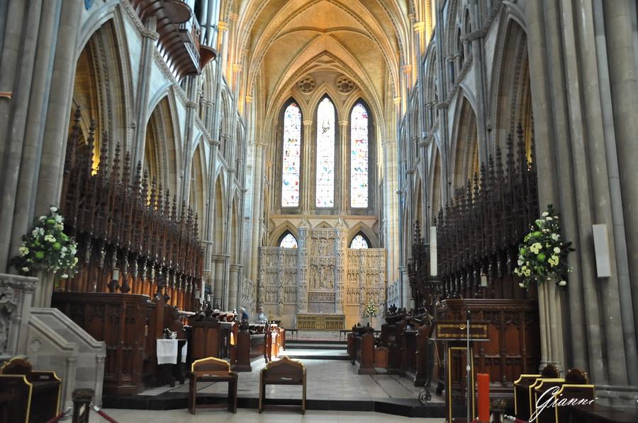 Cattedrale di Truro - La navata principale