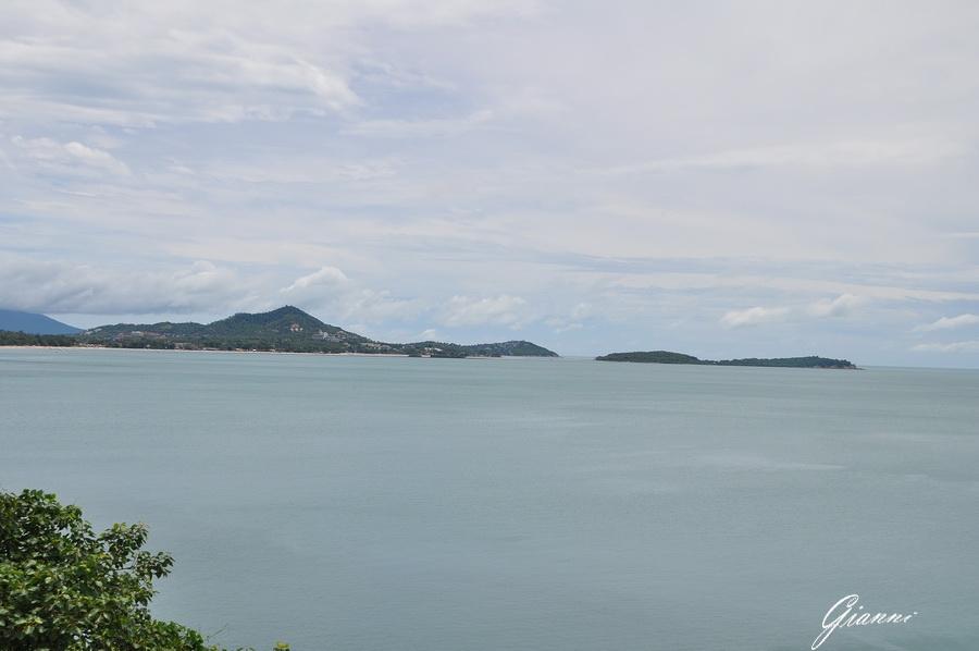 Sullo sfondo Chaweng