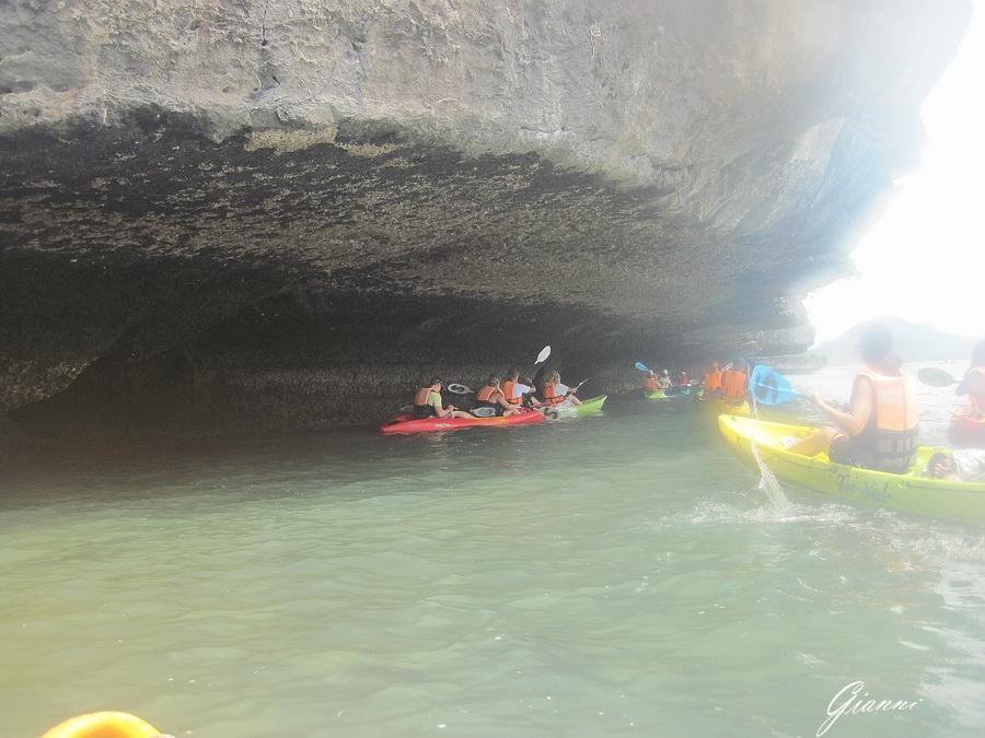 Tahilandia - Sotto le rocce
