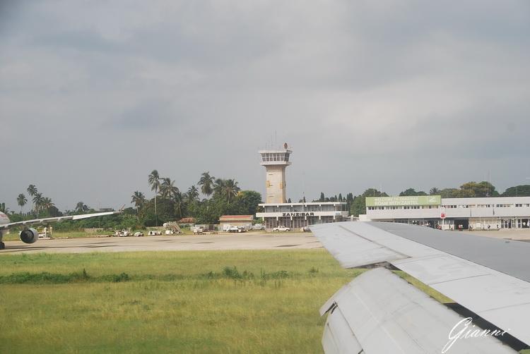 Tanzania - Scalo tecnico a Zanzibar