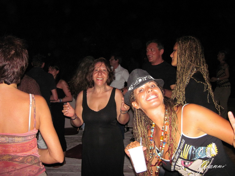 Kenya - Serata in discoteca a Malindi