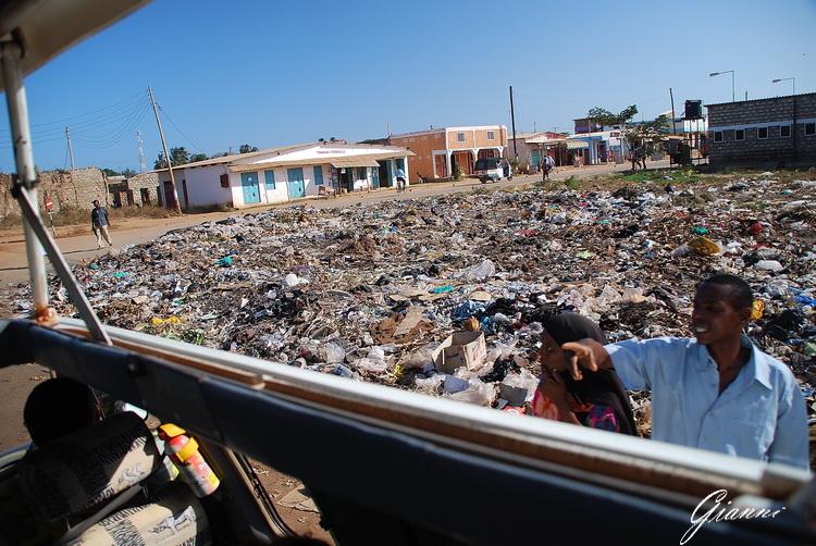 Malindi - Montagne di spazzatura