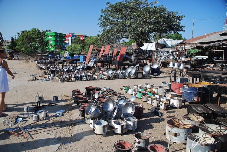 Mercato di Malindi - Pentole