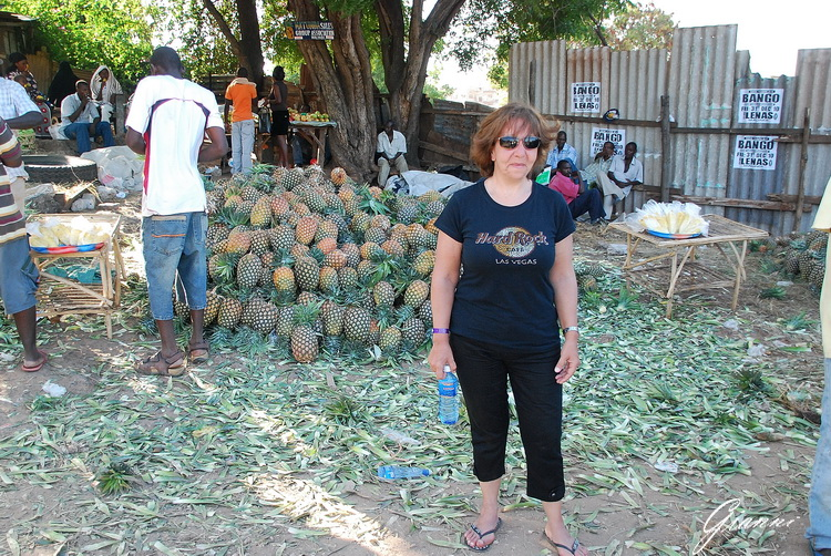 Mercato di Malindi - Ananas
