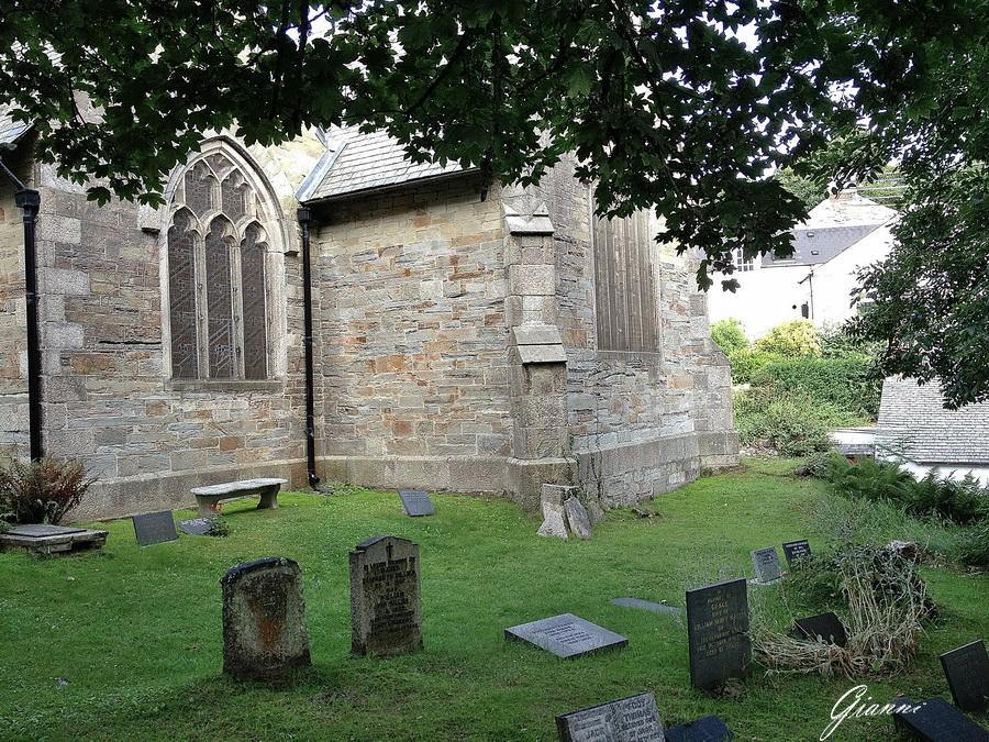 St Agnes Parish Church - Il cimitero