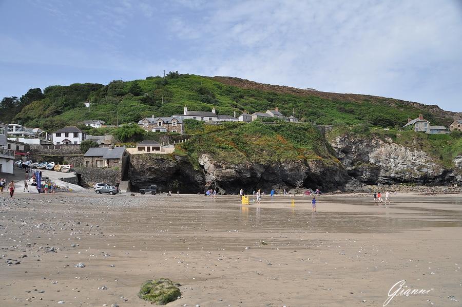St Agnes - Trevaunance Cove