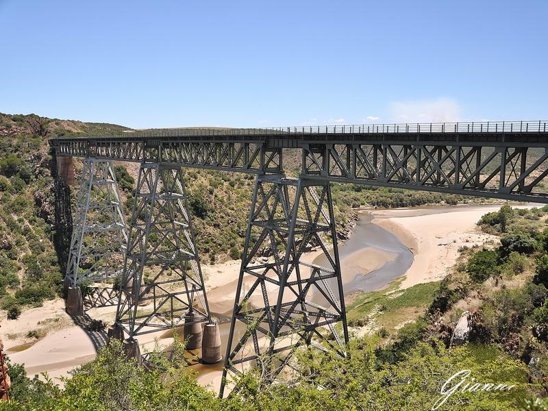 Vecchio ponte ferroviario