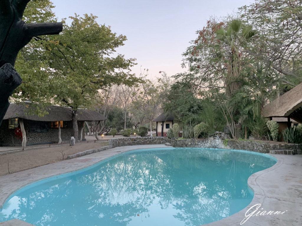 La piscina del Gweta Lodge