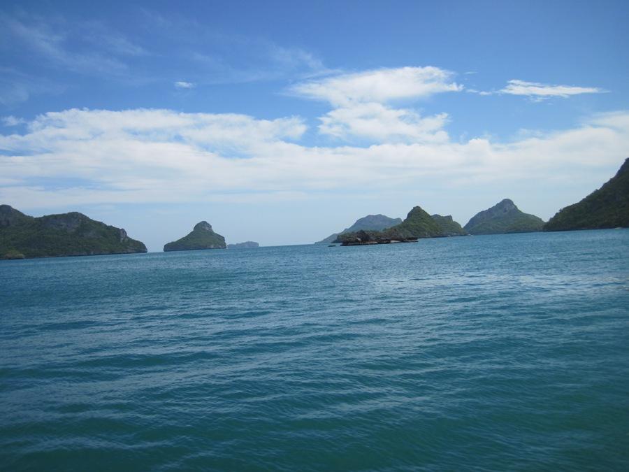 Navigando verso Ang Thong