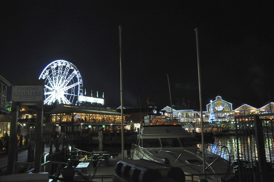 Victoria and Akfred Waterfront by night