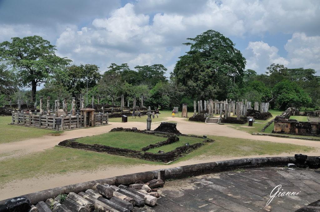 Escursione a Polonnaruwa