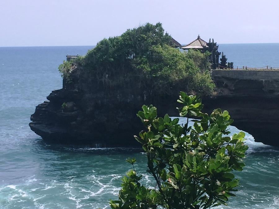 Bali Batu Bolong