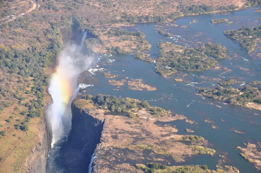 Arcobaleno sulle Victoria Falls