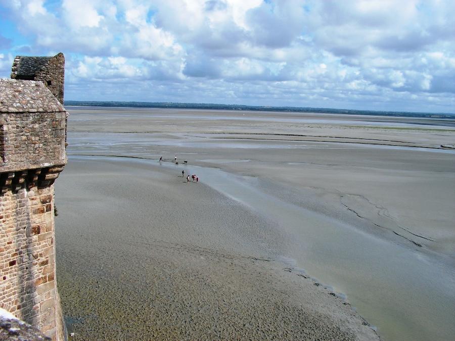 Mont Saint Michel distesa di sabbia