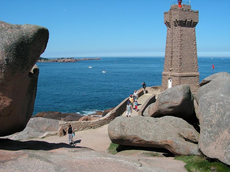 Cose da vedere in Bretagna Il Faro di Ploumanach