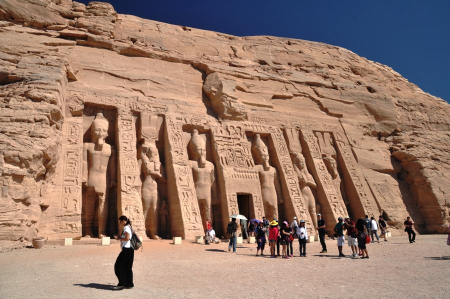Abu Simbel Il tempio della Regina Nefertari