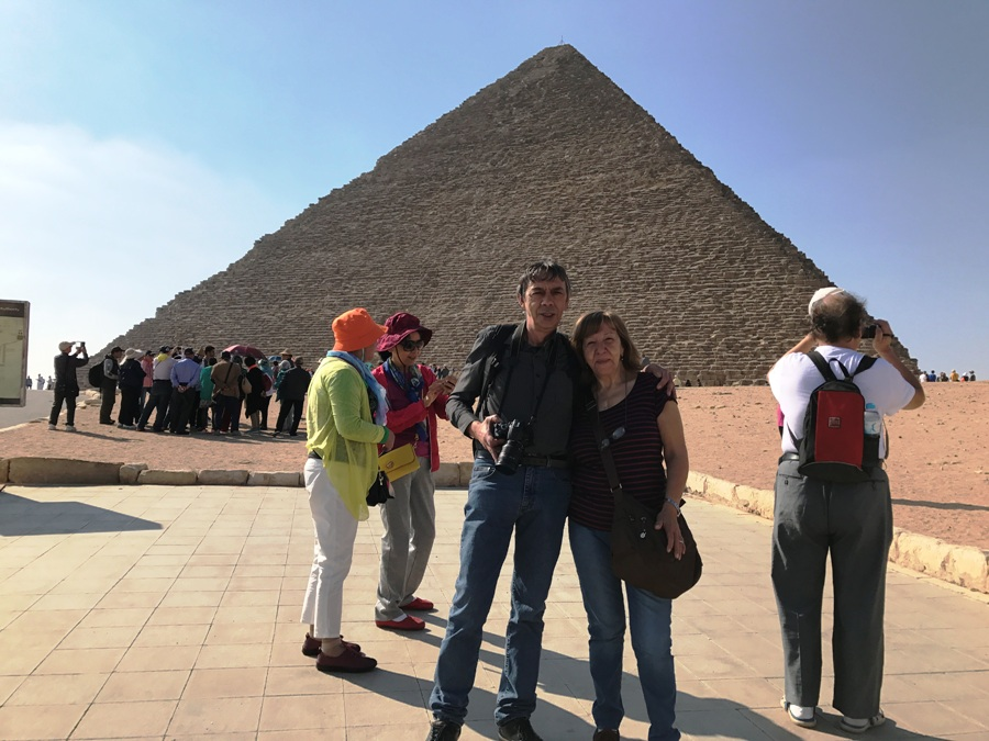 Egitto La Piramide di Cheope a Giza