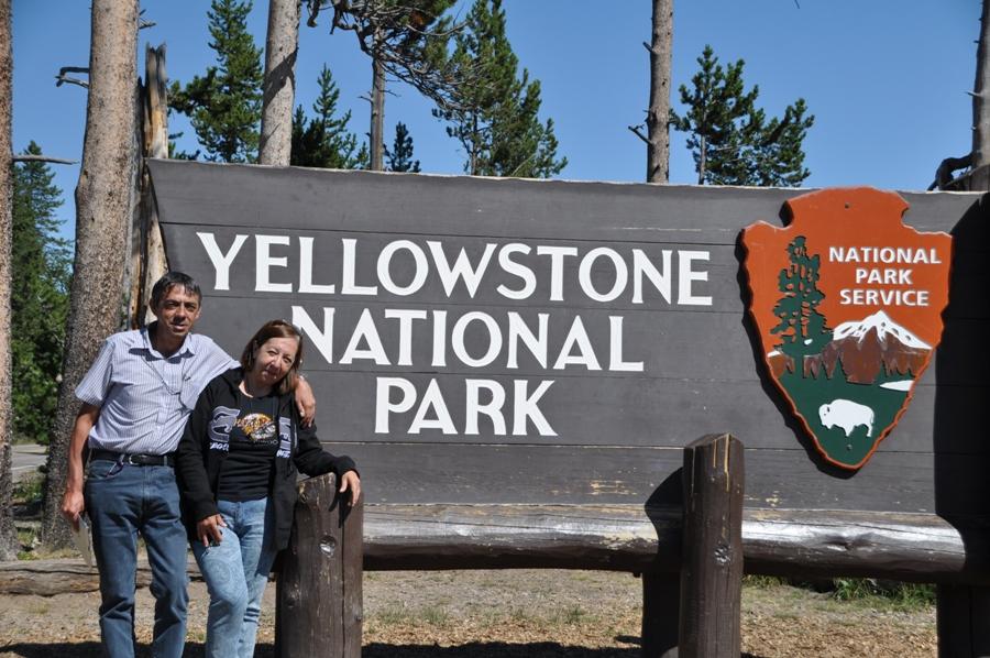 Cartello all'ingresso di Yellowstone