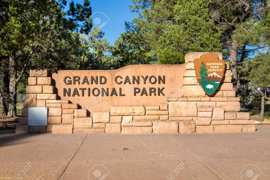 Cartello all'ingresso del Grand Canyon