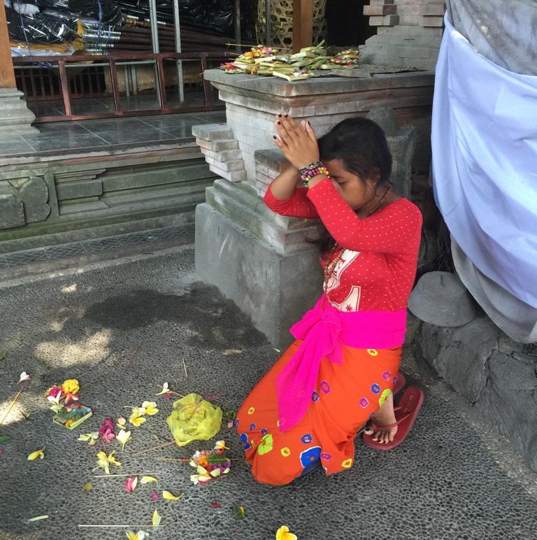 Fedele in preghiera
