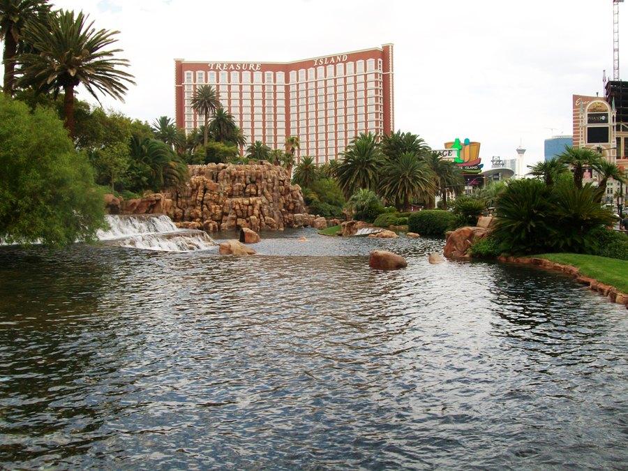 Las Vegas Hotel Treasure Island