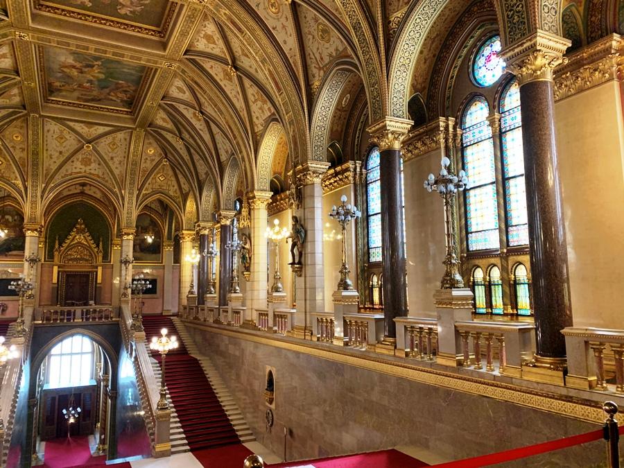 Vetrate nel Parlamento di Budapest