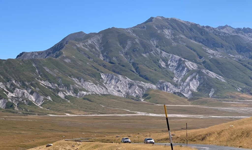 On the road a Campo Imperatore