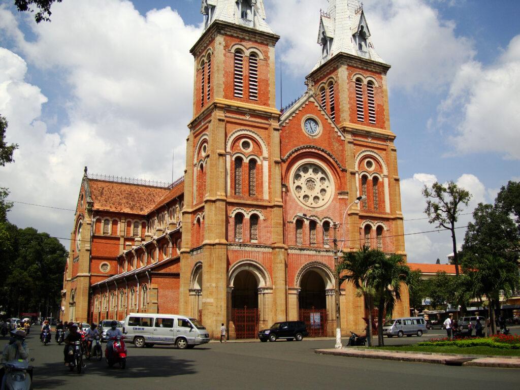Cattedrale di Notre Dame a Saigon
