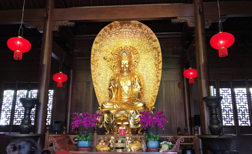 Interno del Tempio del Buddha di Giada
