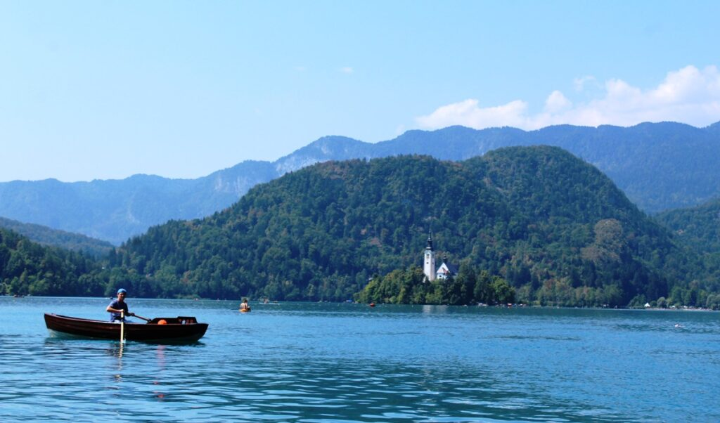 In barca sul Lago di Bled