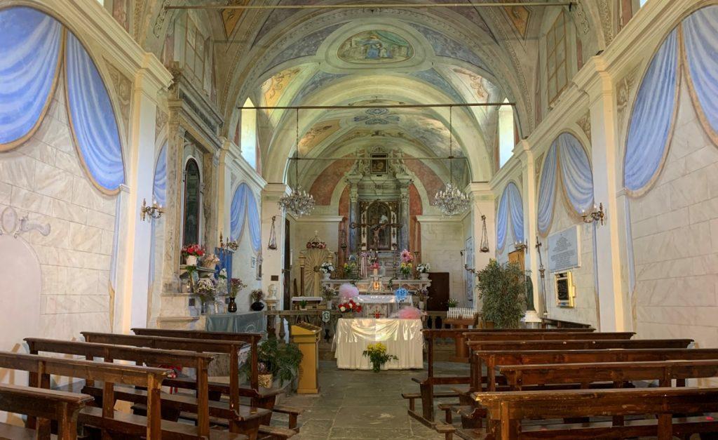L'interno della Chiesa di Sant'Anna di Stazzema